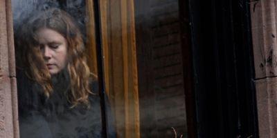 """Amy Adams'lı """"The Woman in the Window""""un Çekimleri Başladı!"""