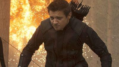 Jeremy Renner Çekimler Sırasında Kolunu Kırdı!