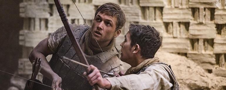 """Taron Egerton'lı """"Robin Hood""""un Yeni Posteri Karşınızda!"""