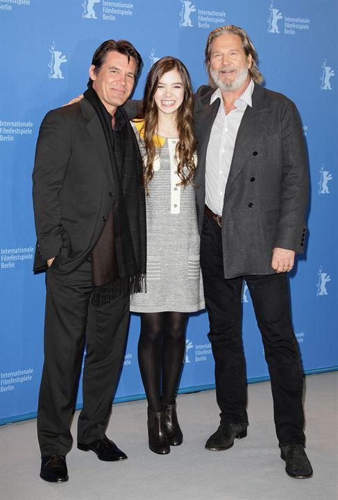 Iz Pesinde : Fotograf Hailee Steinfeld, Jeff Bridges, Josh Brolin