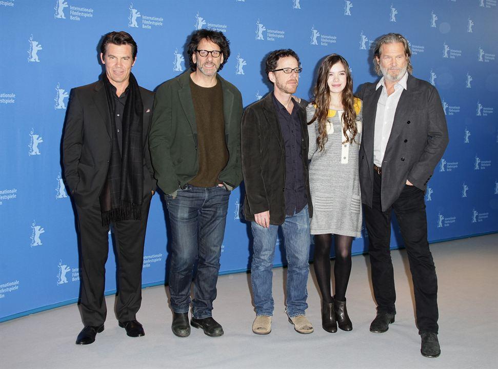 Iz Pesinde : Fotograf Ethan Coen, Hailee Steinfeld, Jeff Bridges, Joel Coen, Josh Brolin