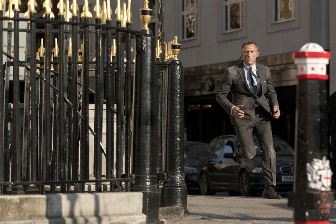 007 координаты скайфолл 2012