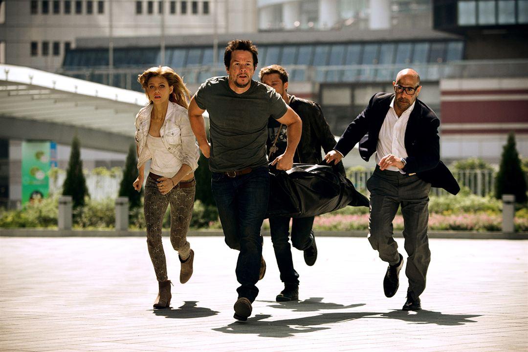 Transformers: Kayip Çag : Fotograf Mark Wahlberg, Nicola Peltz, Stanley Tucci