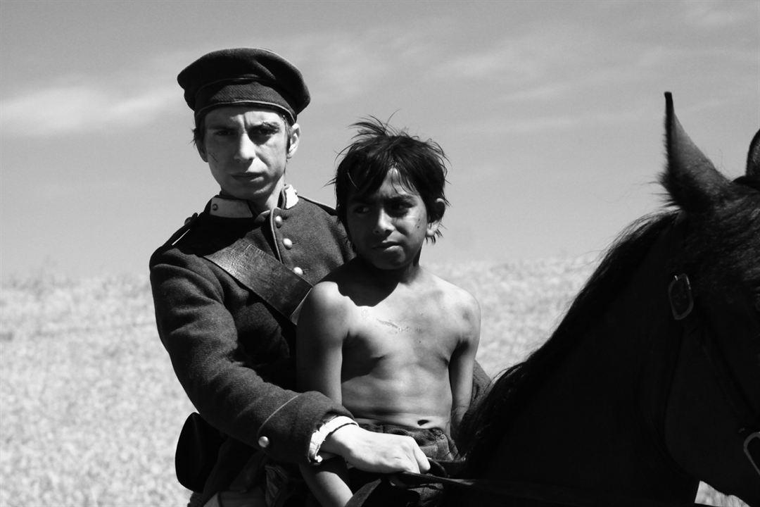 Aferim! : Fotograf Alberto Dinache, Mihai Comanoiu