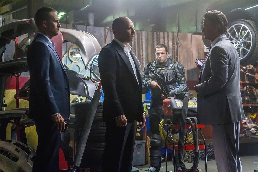 Hizli ve Öfkeli 7 : Fotograf Kurt Russell, Paul Walker, Vin Diesel
