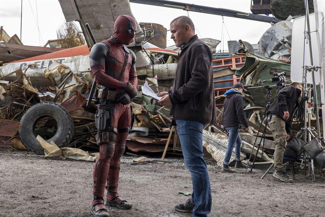 Deadpool : Fotograf Ryan Reynolds, Tim Miller