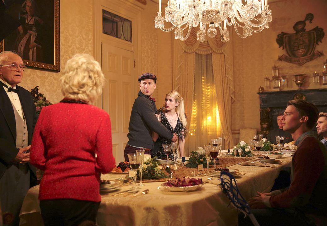 Fotograf Emma Roberts, Glen Powell, Julia Duffy, Patrick Schwarzenegger