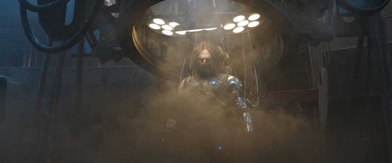 Kaptan Amerika: Kahramanlarin Savasi : Fotograf Sebastian Stan