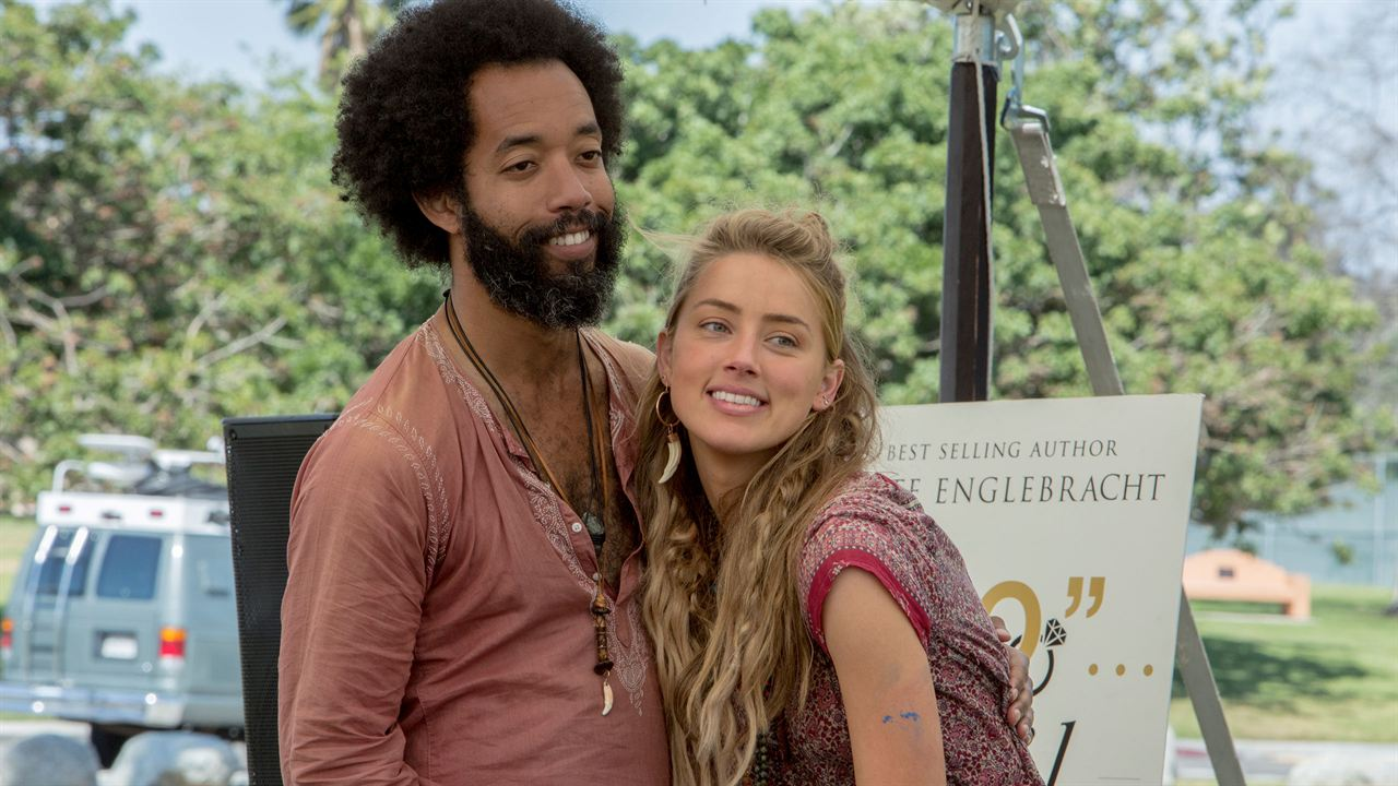 I Do... Until I Don't : Fotograf Amber Heard, Wyatt Cenac