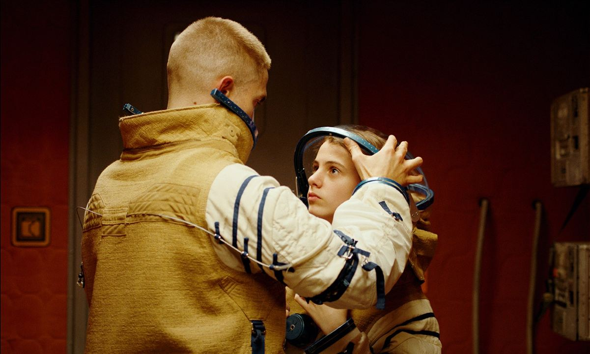 High Life: Jessie Ross, Robert Pattinson