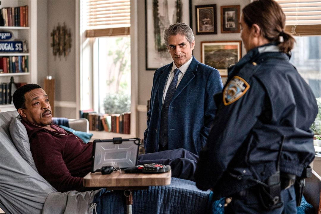 Fotograf Arielle Kebbel, Michael Imperioli, Russell Hornsby