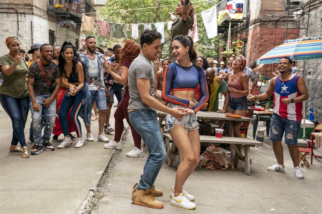 In The Heights : Fotograf Anthony Ramos, Melissa Barrera