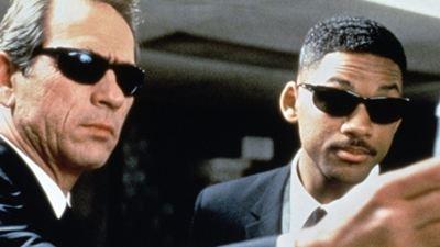 """""""Siyah Giyen Adamlar"""" Aslında Kimdi?"""