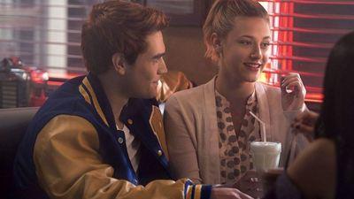 Riverdale'in 6. Sezon Fragmanında Sabrina'yı Görüyoruz