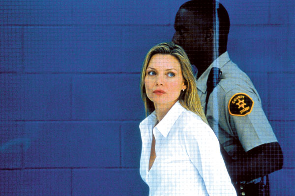 Beyaz Zakkum : Fotograf Michelle Pfeiffer, Peter Kosminsky