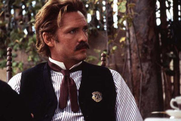 Wyatt Earp: Lawrence Kasdan, Michael Madsen