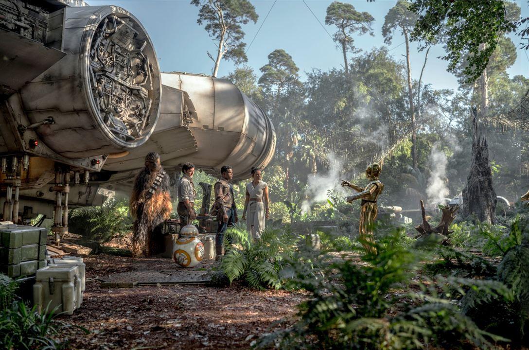 Star Wars: Skywalker'in Yükselisi : Fotograf Anthony Daniels, Daisy Ridley, John Boyega, Oscar Isaac